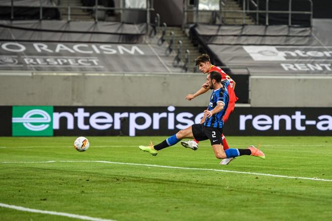 Inter Milan dau voi Bayer Leverkusen anh 10