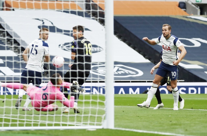 Tottenham vs Newcastle anh 17