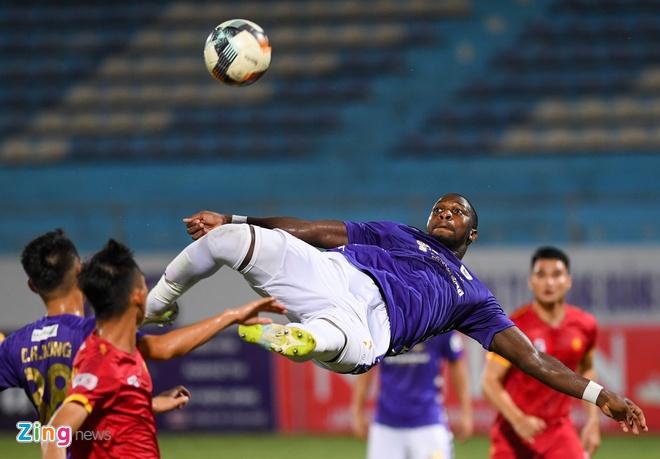 CLB Ha noi vs Thanh Hoa anh 5