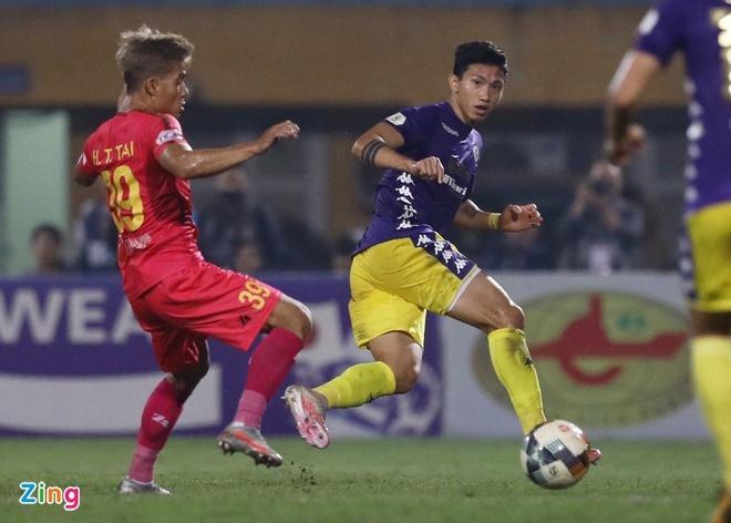 CLB Quang Ninh vs Ha Noi anh 6