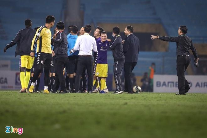 CLB Quang Ninh vs Ha Noi anh 5