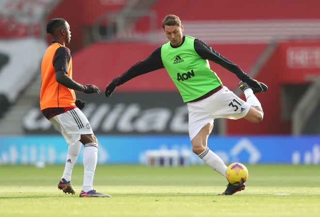 Southampton dau Man Utd anh 11