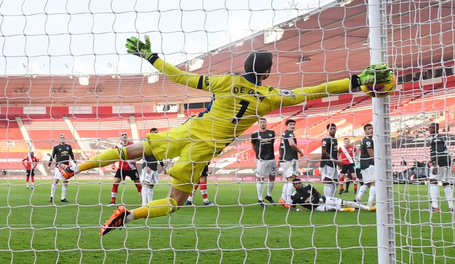 Southampton dau Man Utd anh 23