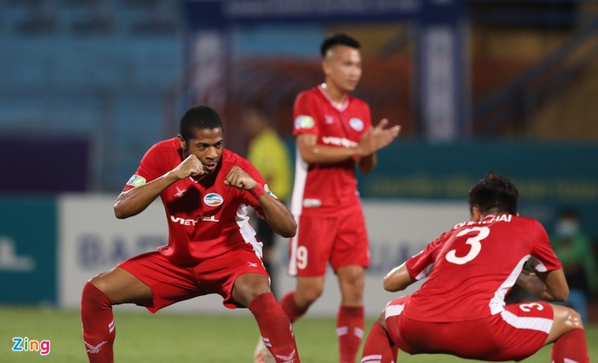 CLB Viettel vs Hai Phong anh 3