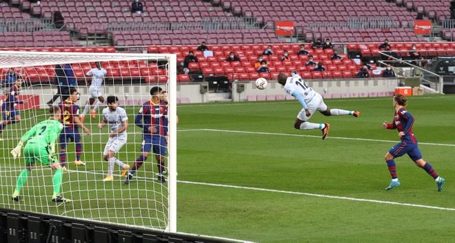 Barca vs Valencia anh 14