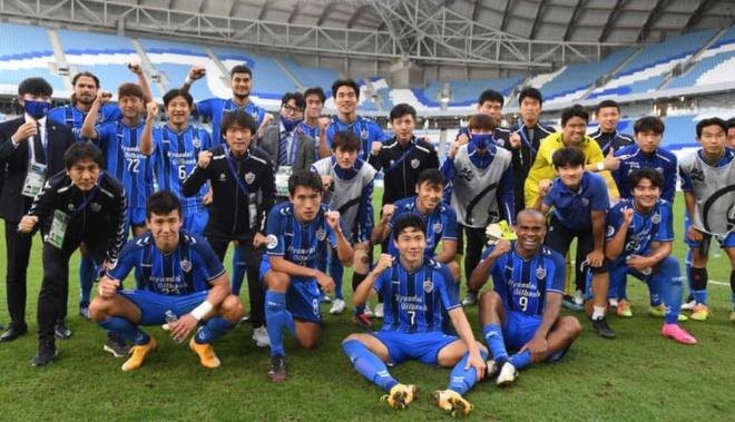 Boc tham AFC Cup anh 16