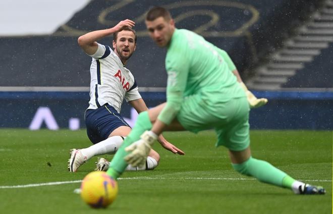 Tottenham dau West Brom anh 16