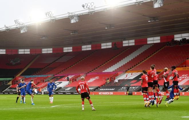 Southampton dau Chelsea anh 1