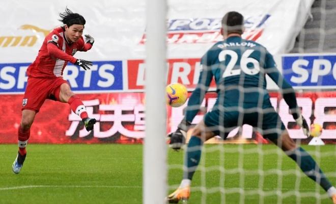 Southampton dau Chelsea anh 8