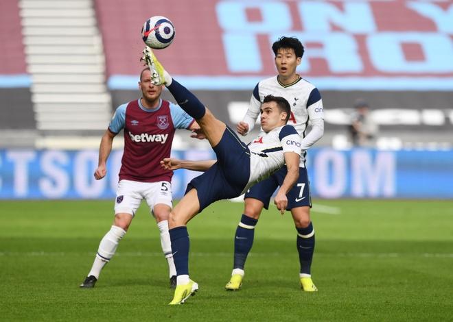 West Ham vs Tottenham anh 17