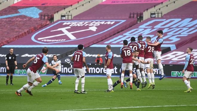 West Ham vs Tottenham anh 22