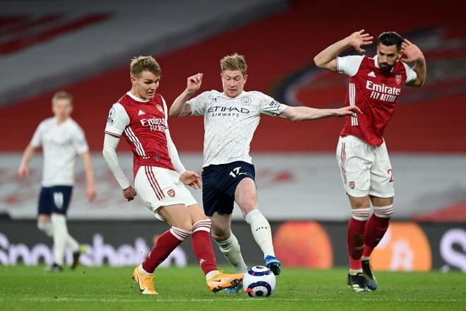 Arsenal dau Man City anh 18