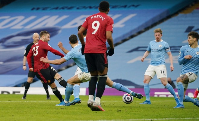 Man City dau Man Utd anh 25
