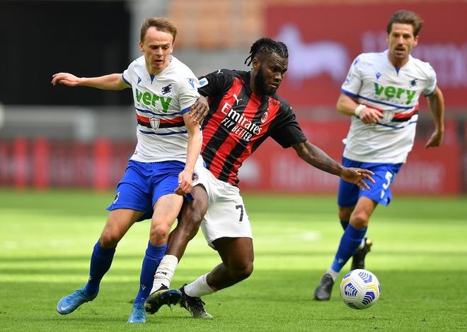 Milan vs Sampdoria anh 16