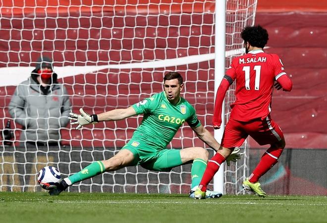 Liverpool dau Aston Villa anh 12