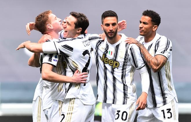 Juventus vs Genoa anh 8
