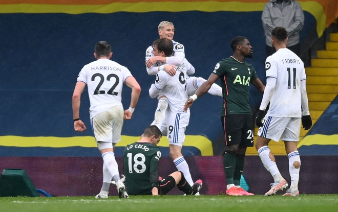Leeds dau Tottenham anh 25