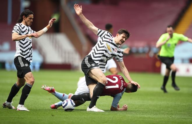 Aston Villa dau Man Utd anh 28