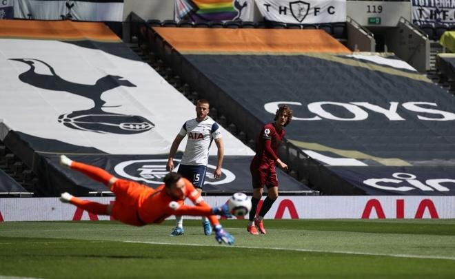 Tottenham dau Wolves anh 12