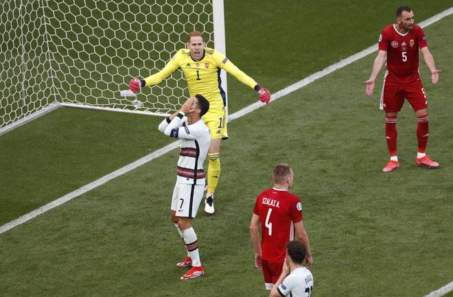 Ronaldo san sang toa sang anh 23