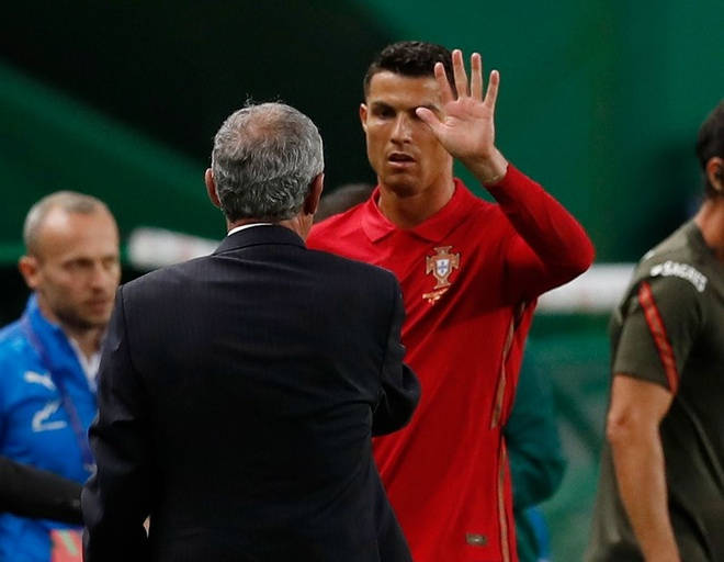 Ronaldo san sang toa sang anh 3