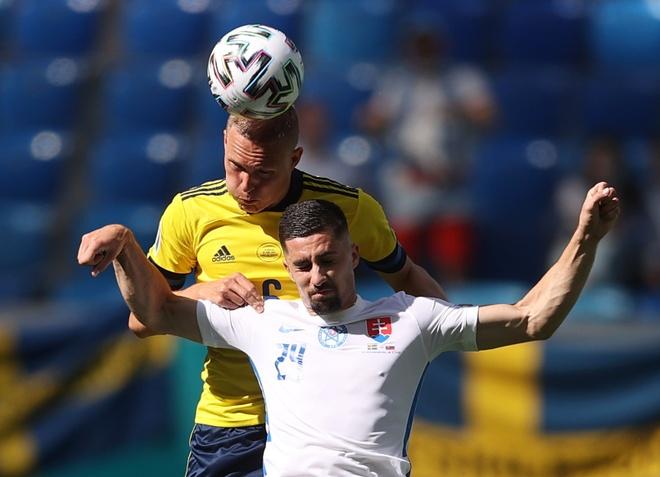 Slovakia vs Thuy Dien anh 9