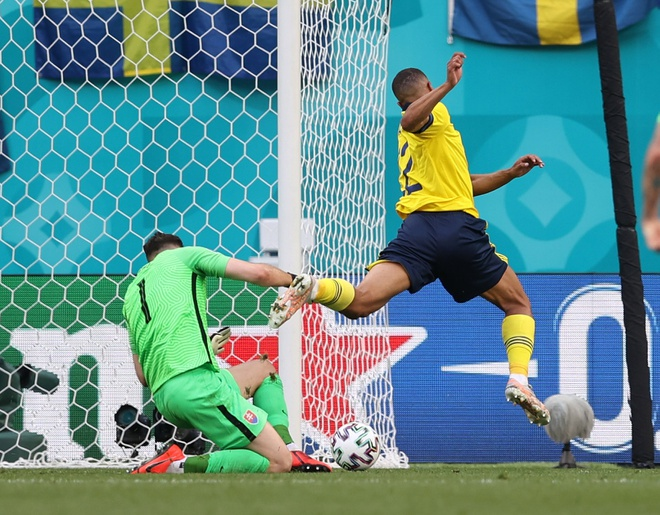 Slovakia vs Thuy Dien anh 16