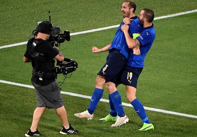 Italy vs Tay Ban Nha anh 12