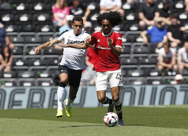 Derby vs Man Utd anh 8