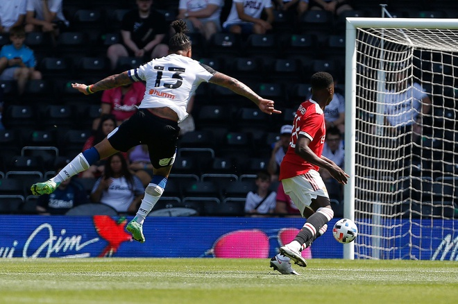 Derby vs Man Utd anh 24