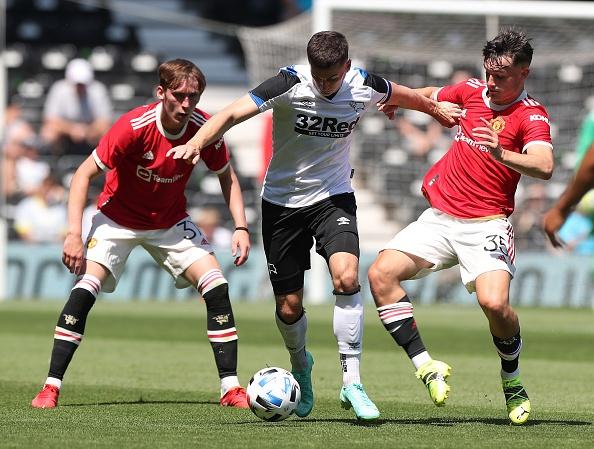 Derby vs Man Utd anh 2
