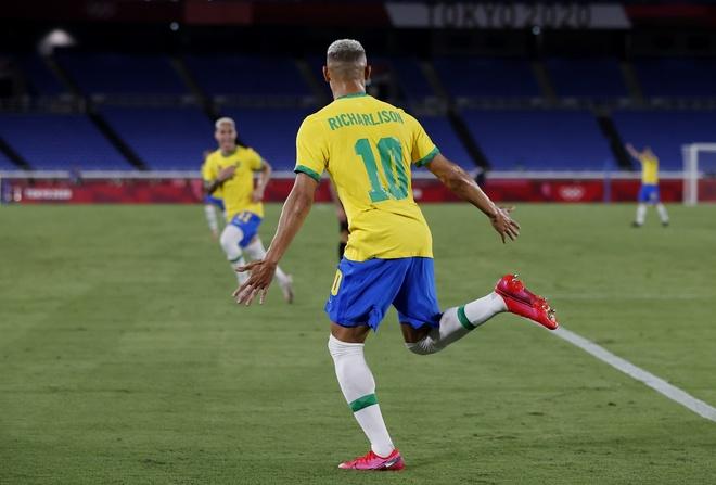 Olympic Brazil vs Duc anh 14