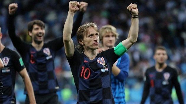 Tran dau hom nay: Luka Modric cham dut giac mong nguoi Nga? hinh anh