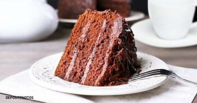 Tac dung khi an sang voi banh chocolate hinh anh 1