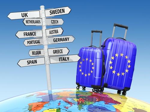 Du khach co the se khong con duoc cap visa Schengen hinh anh