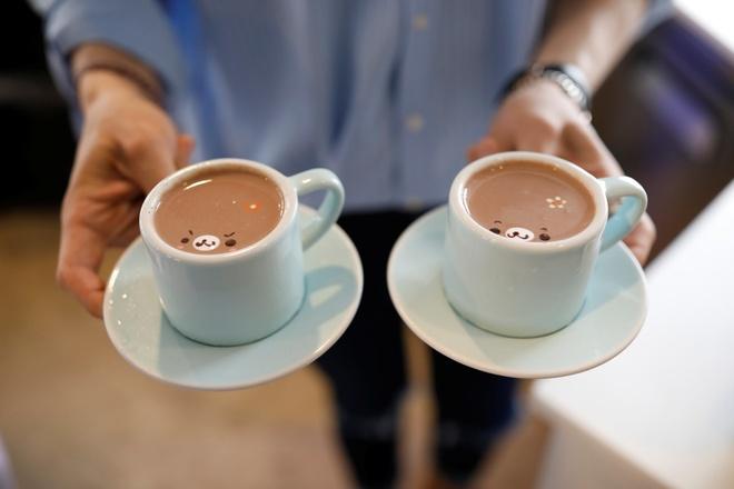 Kết quả hình ảnh cho uống cafe