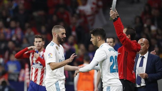 Zidane dang lang quen nguoi ke thua Ronaldo hinh anh 1
