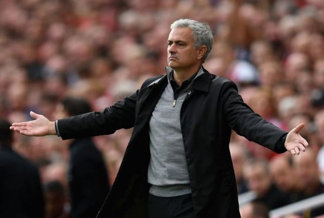 Mat Pogba, doi sach nao cho Mourinho? hinh anh 3
