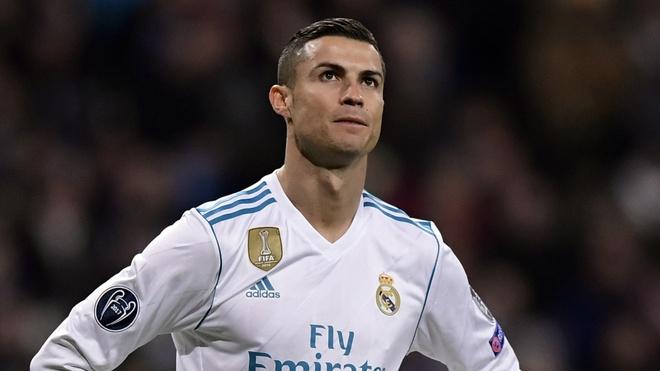 Ronaldo muon Real de minh ra di? hinh anh 1