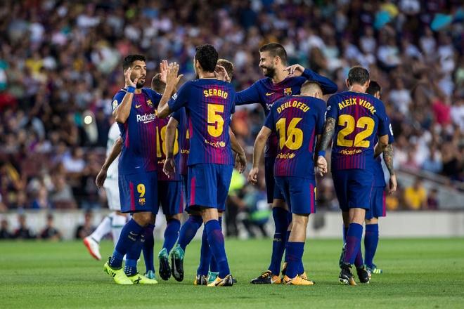 Barca khong xep hang chao don Real trong tran El Clasico hinh anh 1