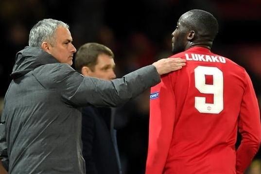 Mourinho tiep tuc co chap voi Lukaku? hinh anh 3