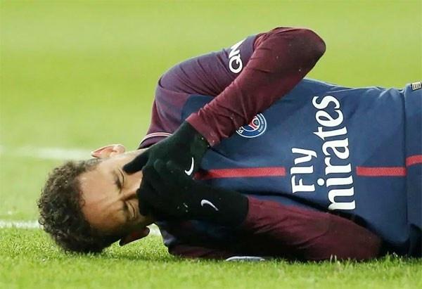 Neymar phot lo chuc vo dich Ligue 1 cua PSG hinh anh 2