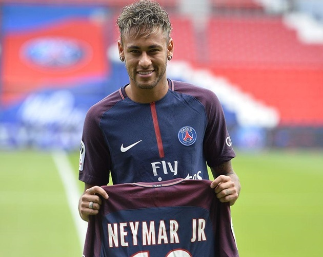 Neymar: Sieu sao tuc cau hay chi la 'ong hoang' rac roi? hinh anh 1