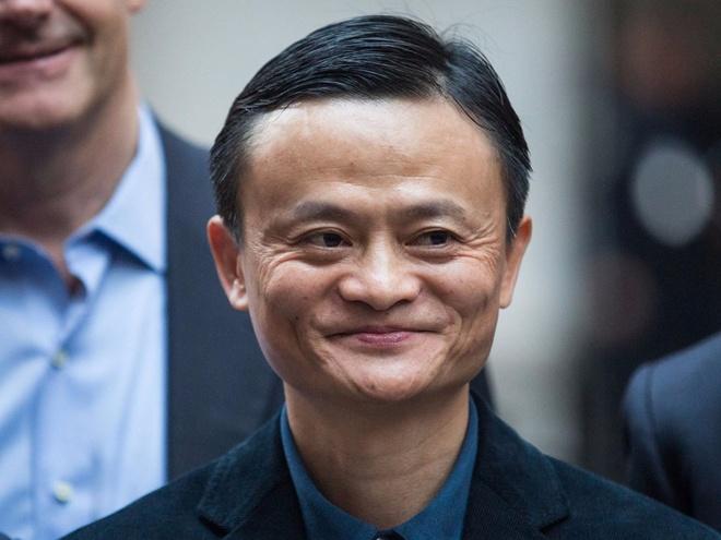 Ong chu Facebook, Alibaba tu duy the nao ve tien? hinh anh