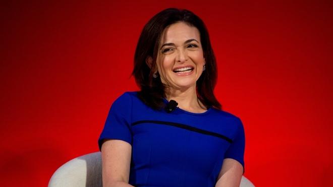 Sheryl Sandberg - nguoi phu nu 48 tuoi quyen luc nhat Facebook hinh anh