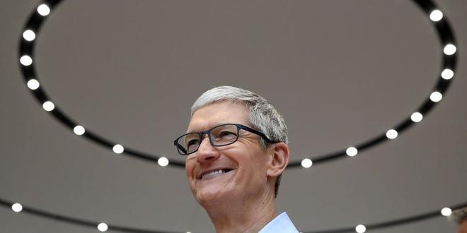 CEO Apple kiem 12,8 trieu USD nam 2017 hinh anh