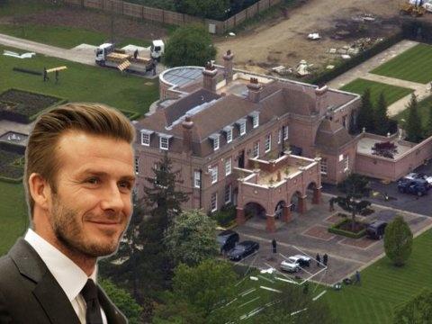 Vo chong David Beckham kiem va tieu tien nhu the nao? hinh anh 22