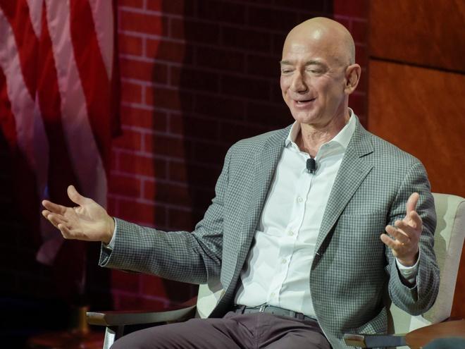 Khoi tai san 137 ty USD sap chia voi vo cua Jeff Bezos gom nhung gi? hinh anh 8