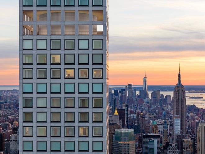 Can penthouse tai chung cu cao nhat New York chia doi moi ban duoc hinh anh 3
