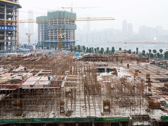 Từ công nhân nhà máy thành nữ tỷ phú tự thân giàu nhất Trung Quốc - Ảnh 11
